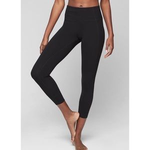 Athleta Black Capri yoga leggings pants small